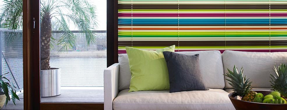 stores et adh sifs. Black Bedroom Furniture Sets. Home Design Ideas