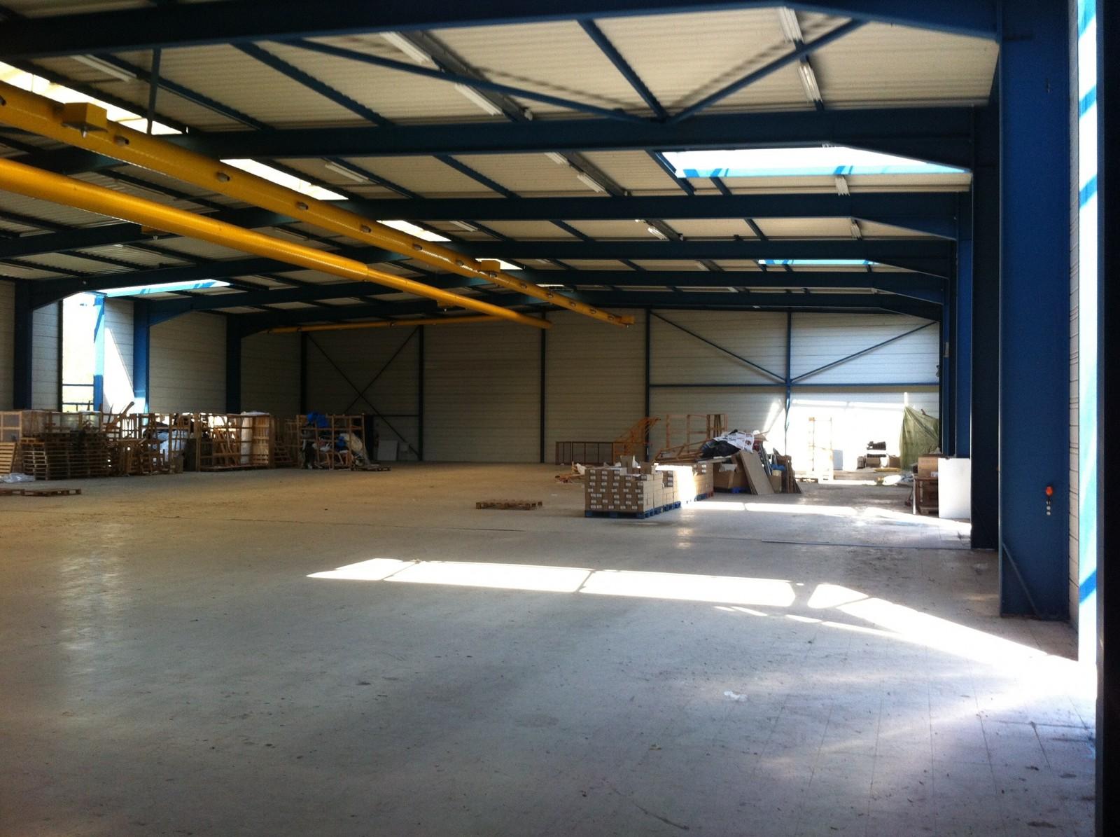 LOCAUX D'ACTIVITES 1 620 m² - INGERSHEIM